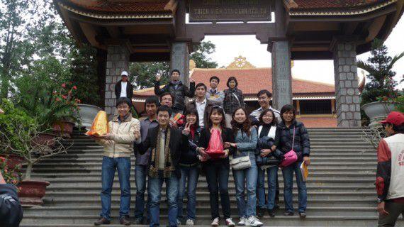 TADITS tham quan Chùa Lân, Thiền viện Trúc Lâm Yên Tử (Xuân 2011) (5)